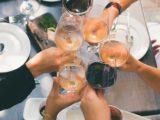 Sådan sikrer du en hyggelig vinaften